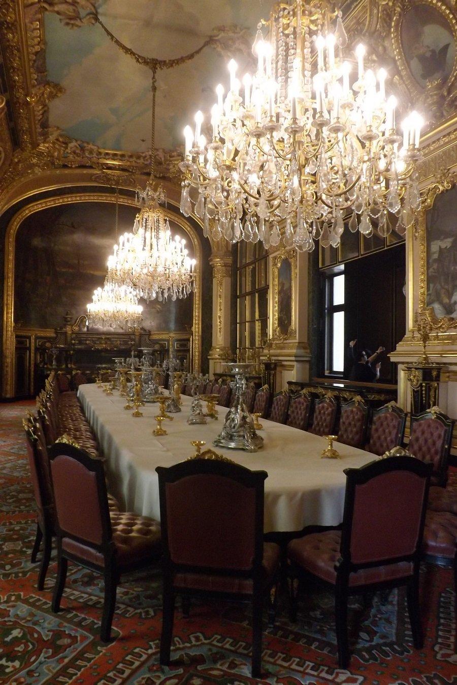 Voyageursaulouvre archive du blog les grands - Grande salle a manger ...